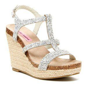 Betsey Johnson Skylir Wedge Sandal 8.5